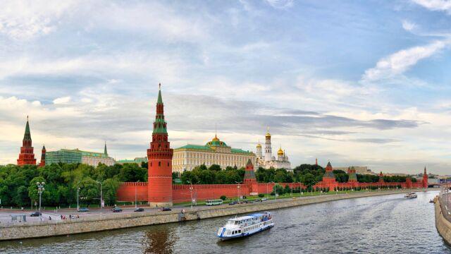 """Rok Polski w Rosji? MSZ mówi o """"dialogu międzyludzkim"""", minister kultury o braku decyzji"""