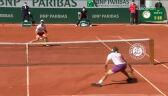 Spektakularne zagranie Tsitsipasa w 7. gemie 2. seta finału French Open