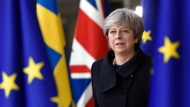 May: poświęciłam swoje stanowisko, by wypracować porozumienie z Brukselą