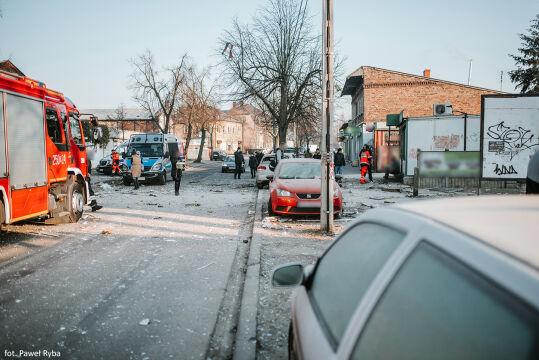 Wybuch w kamienicy na Dębcu w Poznaniu, runęły trzy z czterech kondygnacji budynku