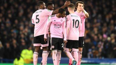 Kluby z Manchesteru w półfinale Pucharu Ligi. Leicester uratowały rzuty karne