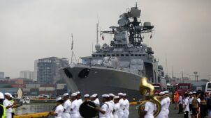 Rosyjskie okręty ze sprzętem wojskowym na Filipinach