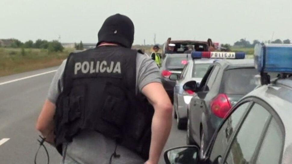 Pseudokibice przygotowali ustawkę, ale zanim zaczęli, wkroczyła policja