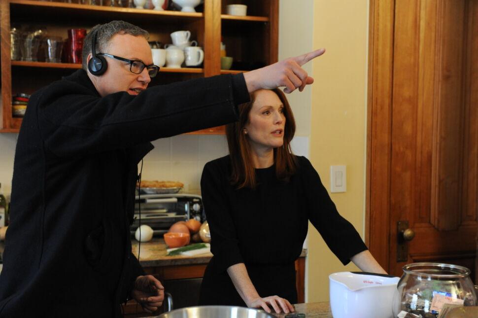 "Reżyser Wash Westmoreland i Julianne Moore na planie ""Still Alice"""