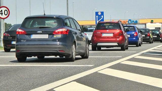 Padł rekord. 93 tysiące samochodów przejechało w niedzielę autostradą A1