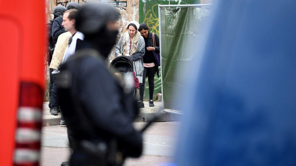 Strzały w Halle. Szef MSW: musimy wyjść  z założenia, że to atak o podłożu antysemickim