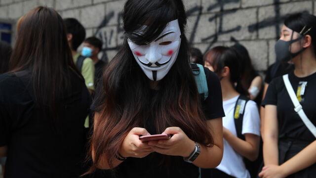 Aplikacja pomagała protestującym unikać policji w Hongkongu. Apple ją usunął