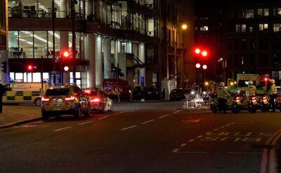 Atak terrorystyczny w Londynie. Nożownik zastrzelony