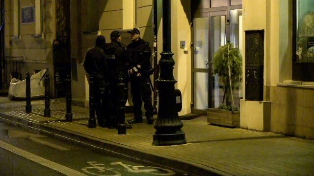W hostelu znaleziono zwłoki dziecka. Policja zatrzymała jego matkę