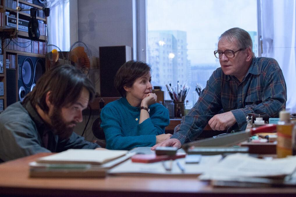 Dawid Ogrodnik, Aleksandra Konieczna oraz Andrzej Seweryn na planie filmu