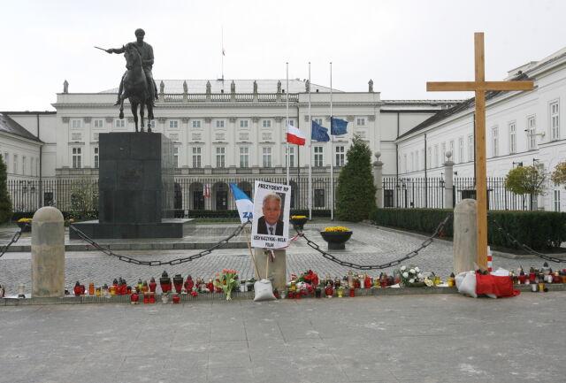 Komorowski, Korwin-Mikke, Szpryngiel i Ziętek na start