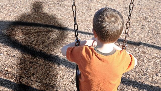 Rząd chce zaostrzyć przepisy dotyczące pedofilii