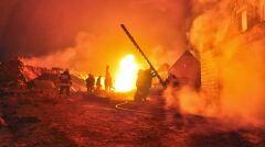 W akcji gaśniczej brało udział 160 strażaków