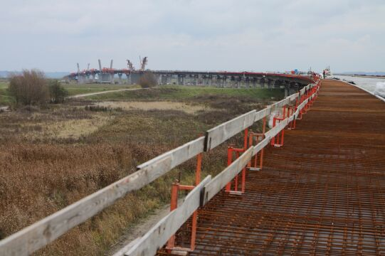 Budowa mostu miała zakończyć się w grudniu