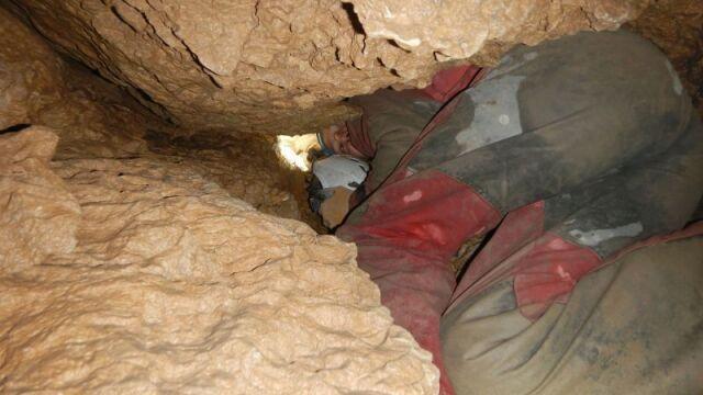 """""""Całą noc ratownicy i pirotechnicy  będą pracowali w jaskini"""""""