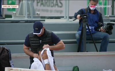 Problemy zdrowotne Djokovicia podczas treningu przed meczem o półfinał Roland Garros