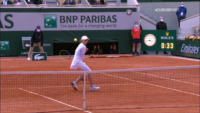 Najlepsze zagrania Świątek w Roland Garros 2020