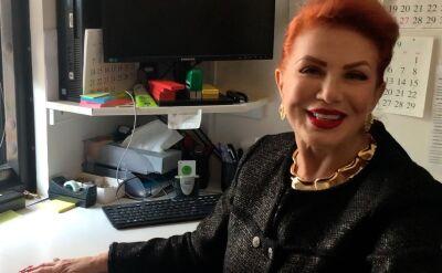 Ambasador Georgette Mosbacher we wtorkowy poranek zajmowała się depozytem telefonów