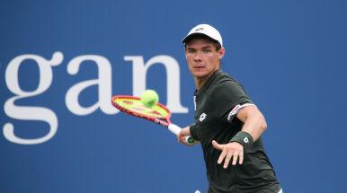 Majchrzak w głównej drabince Australian Open. Federer przyłożył do tego rękę