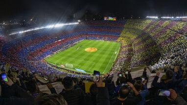 W związku z koronawirusem Barcelona przyspiesza sprzedaż praw do nazwy stadionu
