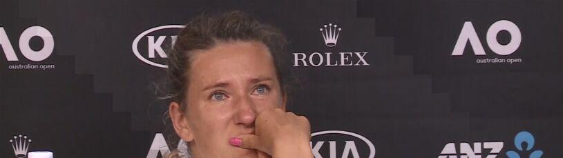 Wybuch płaczu Azarenki.