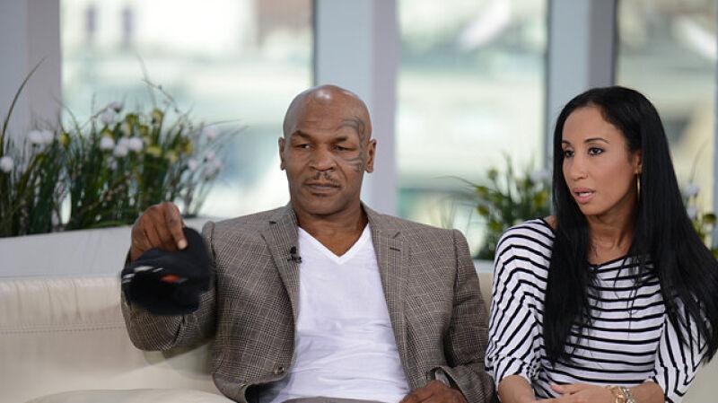 Mike Tyson odwiedził Polskęz żoną
