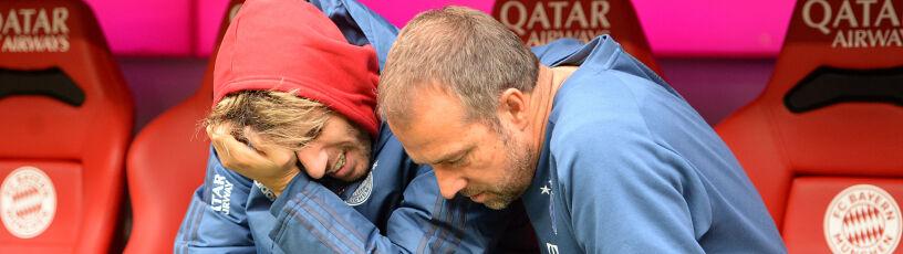 Piłkarz Bayernu nie wytrzymał. Pocieszałgo jeden z trenerów