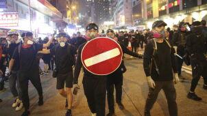 Pekin nie chce protestów w ważną rocznicę. Prezydent składa obietnicę Hongkończykom