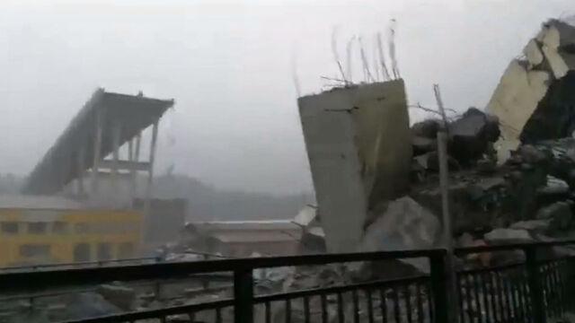 Most, którego nie ma. Wstrząsające nagranie po katastrofie w Genui