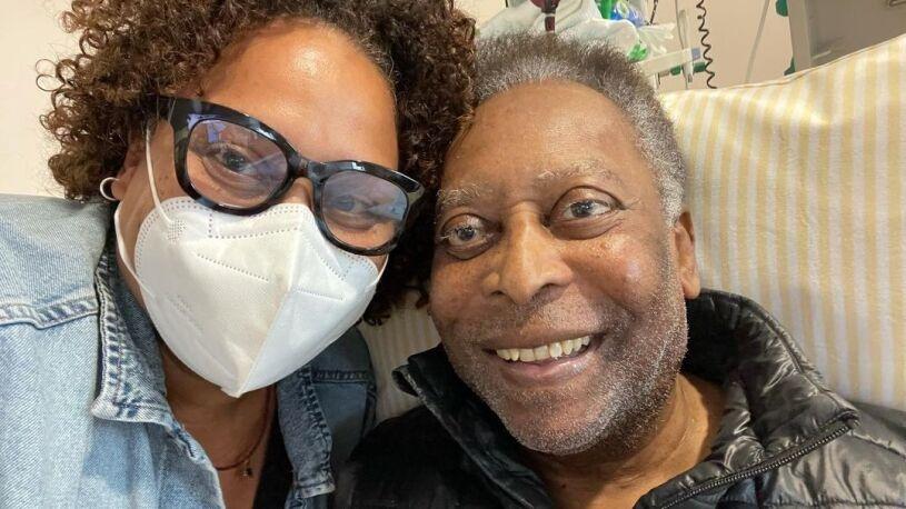 """Pele """"wraca do zdrowia"""" po operacji usunięcia guza okrężnicy"""