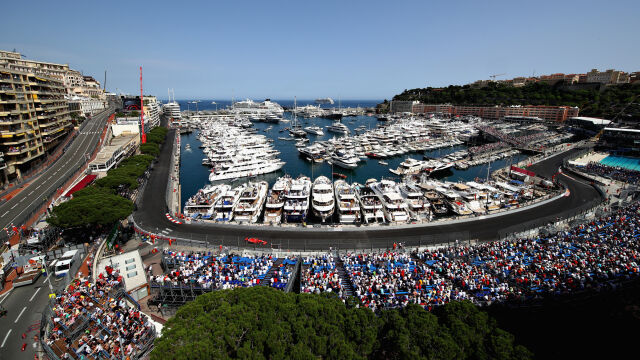 78 okrążeń, 21 kilometrów barierek, 10 dźwigów. Grand Prix Monako w liczbach