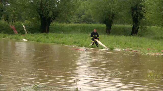 IMGW: ostrzeżenia hydrologiczne 3. stopnia. Podtopienia i ewakuacje