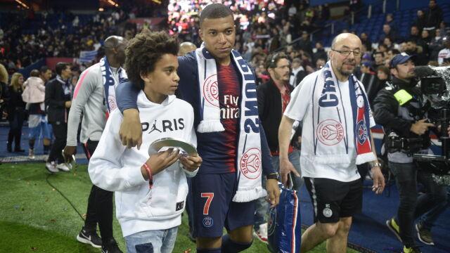 """""""Wspólna historia będzie nadal trwać"""". PSG nie wyraża zgody na transfer Mbappe"""
