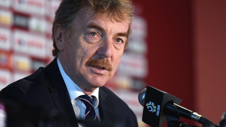 Zbigniew Boniek w ogniu pytań po odpadnięciu Polaków z Euro 2020