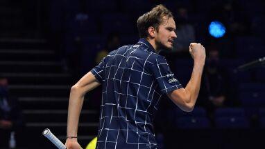 Miedwiediew nagrodzony za cierpliwość. Wygrał finał ATP Finals