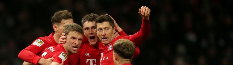 Lewandowski wróciłpo operacji i strzelił. Niesamowita druga połowa Bayernu