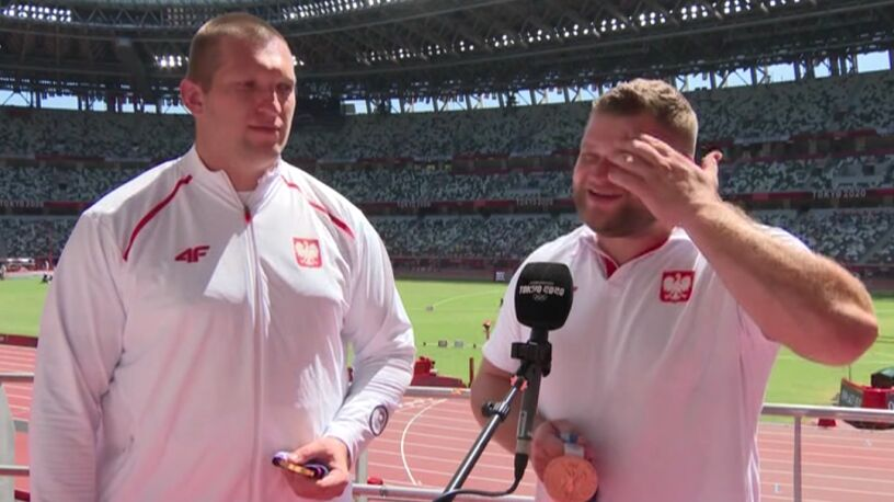 """Nowicki i Fajdek zmęczeni na ceremonii. """"Trudno, jakoś dla tych medali się poświęcimy"""""""