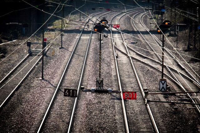 16-latka zginęła pod kołami pociągu.
