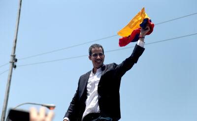 Guaido wrócił do Wenezueli. Po wylądowaniu przemawiał do zwolenników