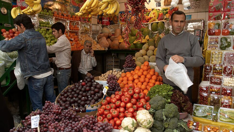 Zarif: Waszyngton chce odebrać Irańczykom dostęp do jedzenia i leków