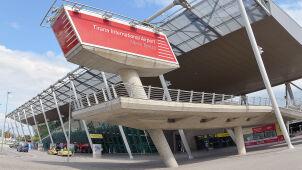 Spektakularny napad na lotnisku. Media: skradziono ponad dwa miliony euro