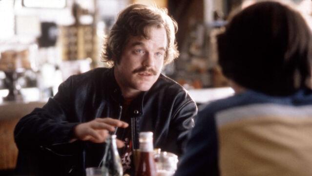 """Philip Seymour Hoffman w """"U progu sławy"""", 2000 rok"""