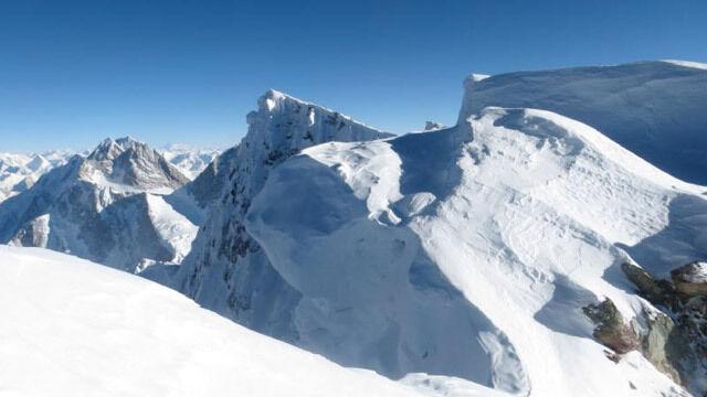 Broad Peak: Polacy dotarli na 7100m. Nie spali, walczyli z huraganem