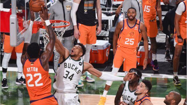 Efektowny blok na wagę remisu w finale NBA