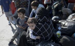 Migranci z ośrodka na Samos do portu Eleusis niedaleko Aten