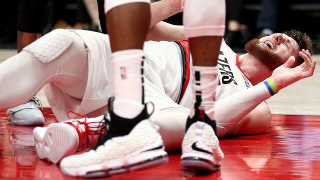 """Koszykarz NBA po operacji koszmarnej kontuzji nogi. """"Pomodlę się za niego"""""""