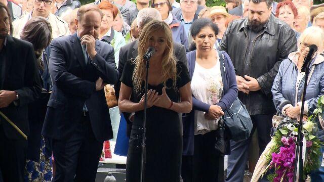 Monika Olejnik przemawia na pogrzebie Grzegorza Miecugowa