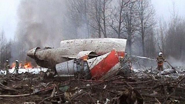 Coraz więcej Polaków wierzy w zamach w Smoleńsku