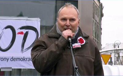 """Jarosław Kurski na manifestacji KOD. """"Oni nie mogą nas obrazić"""""""