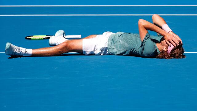 """""""To sen na jawie"""". Tsitsipas pierwszym Grekiem w półfinale Wielkiego Szlema"""